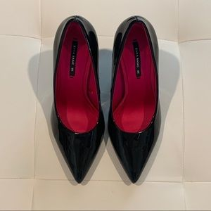 Zara Black Pum shoes Size 35 / 5B